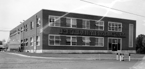 The Pet Dairy Product Company building located on Konnarock Road, 1955. Photo taken by Thomas McNeer, Jr.